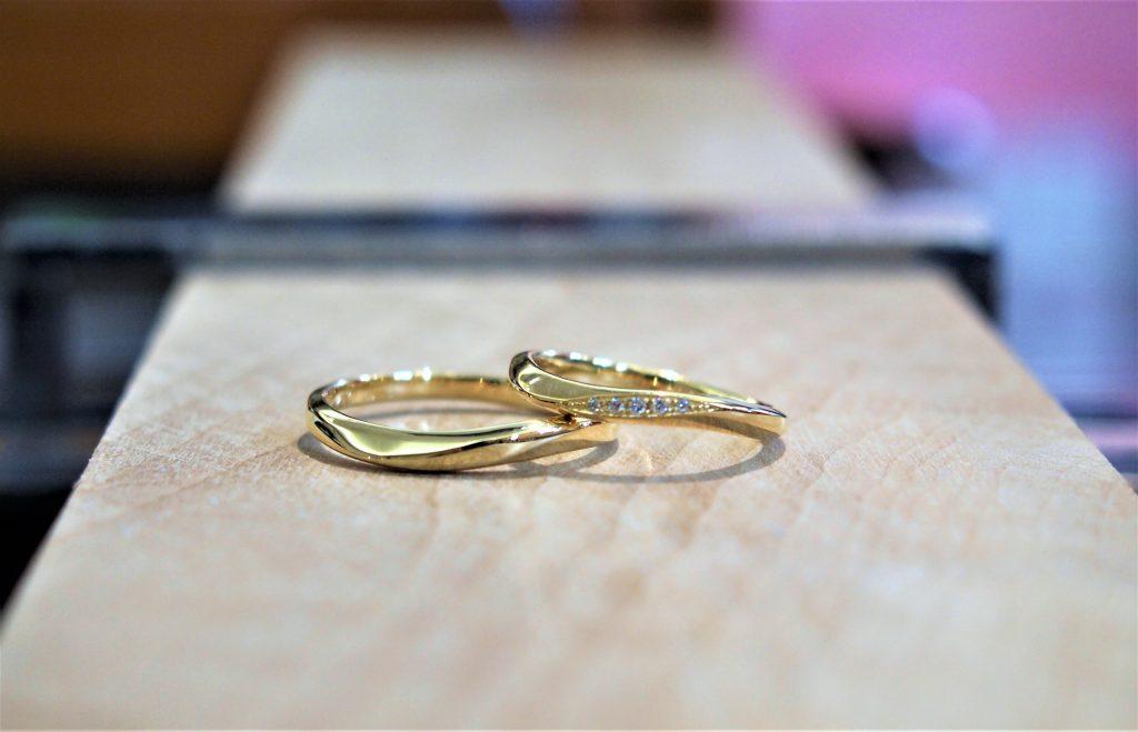 イエローゴールド素材でより輝きが際立ちます
