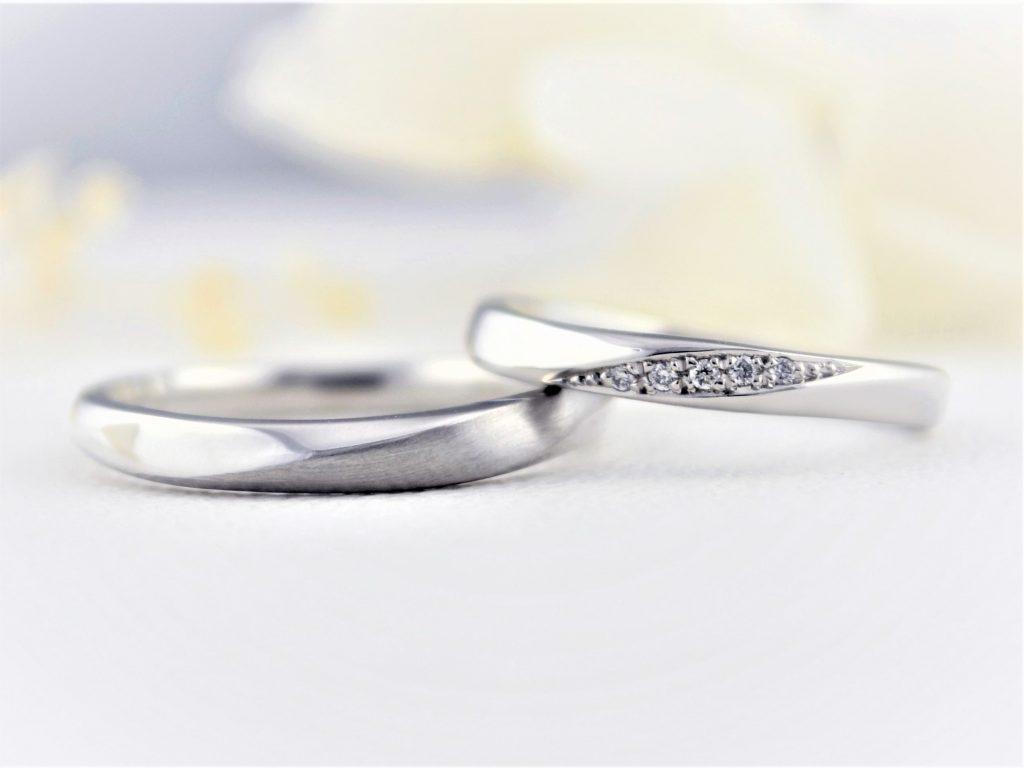 プラチナ素材の結婚指輪